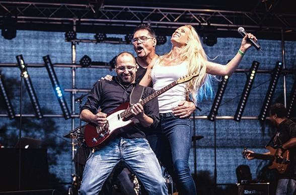 Annabell Whitney, Joe Whitney und Gitarist Patrick Lemm machen zusammen Musik